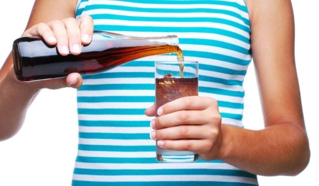 (ro) E riscant să consumăm băuturi din anumite tipuri de ambalaje. Care sunt acestea?